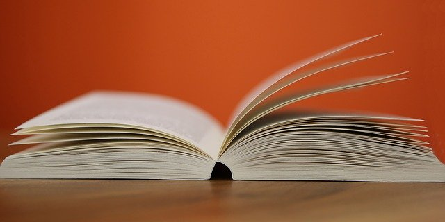 book-408302_640